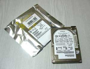 購入したハードディスクと SSD の予備パーツ