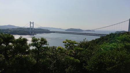 第二展望台から見た近くの瀬戸大橋