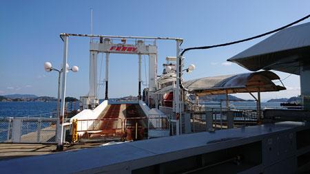 宇高国道フェリーの乗り場の桟橋